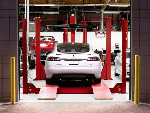 СТО по ремонту электромобиля