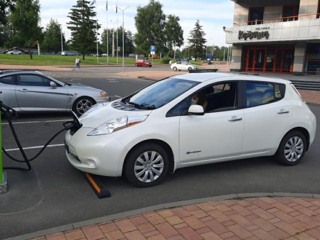 Nissan Leaf из США