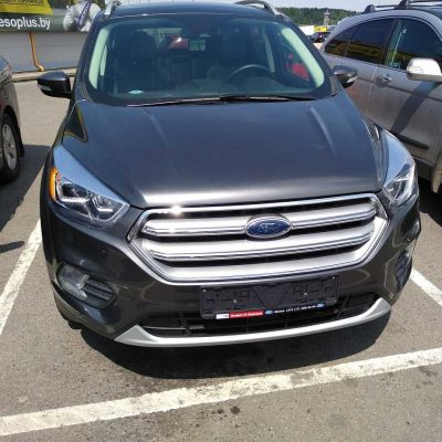 Ford Escape из США отремонтированный